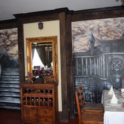 Castelul Lupilor, proche de Deva, le salon.