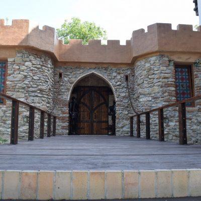 Castelul Lupilor, proche de Deva.