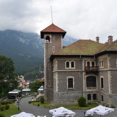 Le château de Cantacuzino.