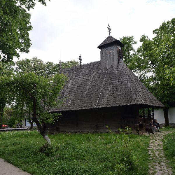 Eglise en bois au Musée du village de Bucarest