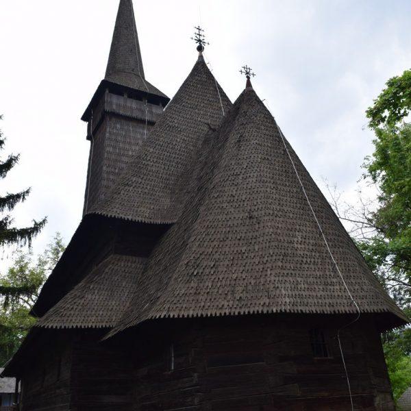Eglise en bois du Muramures, au Musée du Village de Bucarest