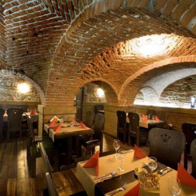 Sergiana Restaurant smoker place.