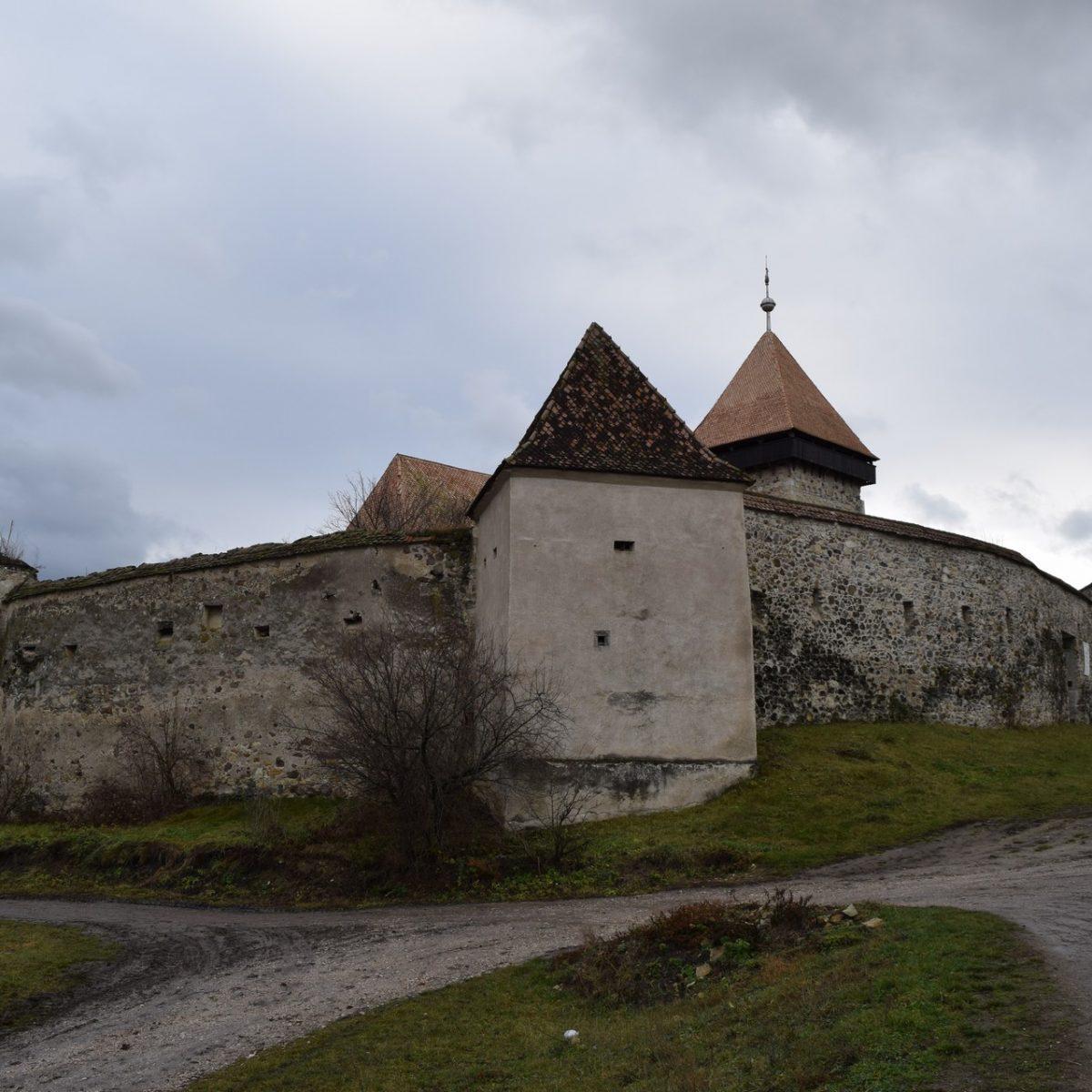 Eglise fortifiée de Drauseni. Harghita