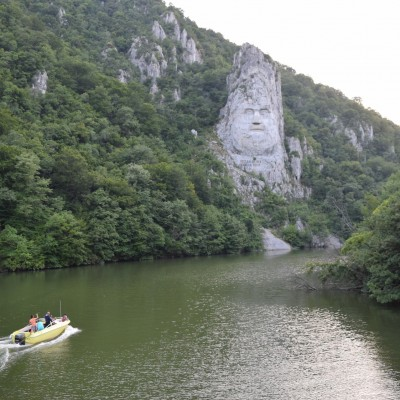 Decebal face. In Mehedinti.