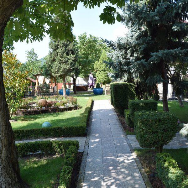 Villa Venus, its garden.