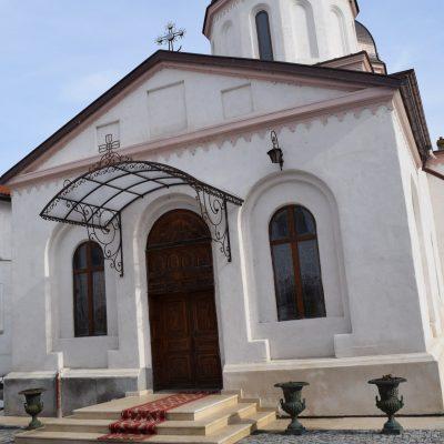 Le monastère de Comana .