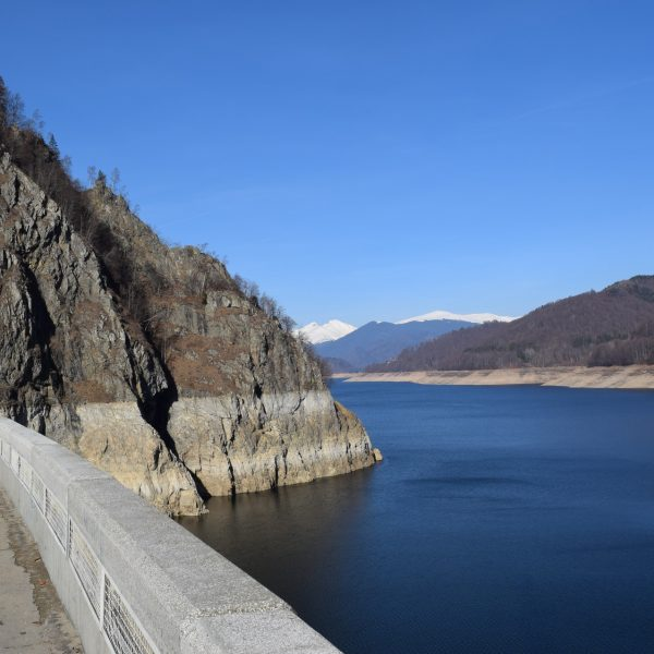 Barrage Vidraru, dans l'Arges.