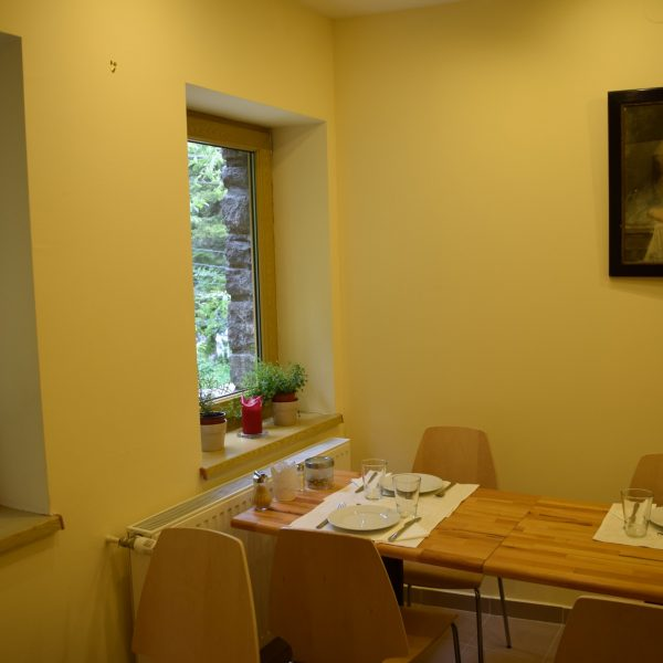 Villa Arizto, salle a manger.