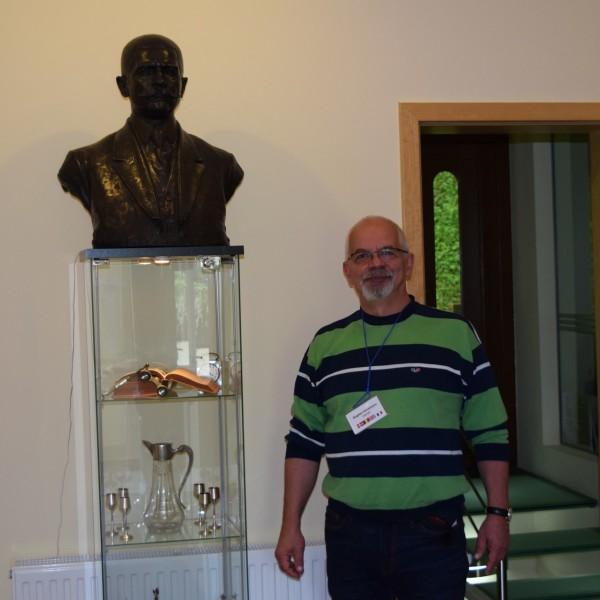 Arizto Villa and its owner, Mr Bogdan Horezeanu.