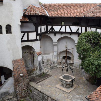 Le chateau de Bran, cour interieur.