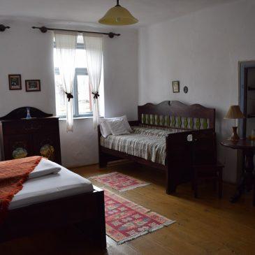 Casa cu Zorele, une ferme saxonne traditionnelle convertie en chambres d'hôtes