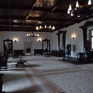 Voyage en Roumanie, la salle du trône de la citadelle de Fagaras.