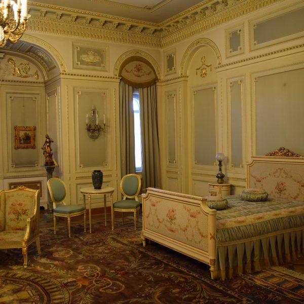 Cotroceni palace. The room of King Ferdinand I.