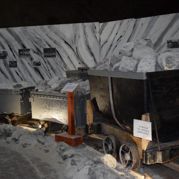 Exposition des vehicules d'exploitations aux salines de Slanic Prahova.
