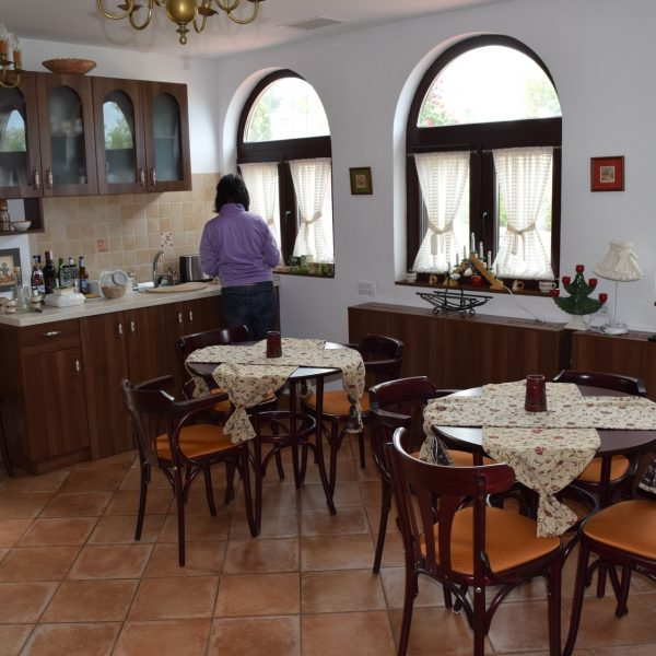 La Conac and its kitchen.