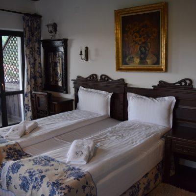 Une chambre au Conacul Bratescu.