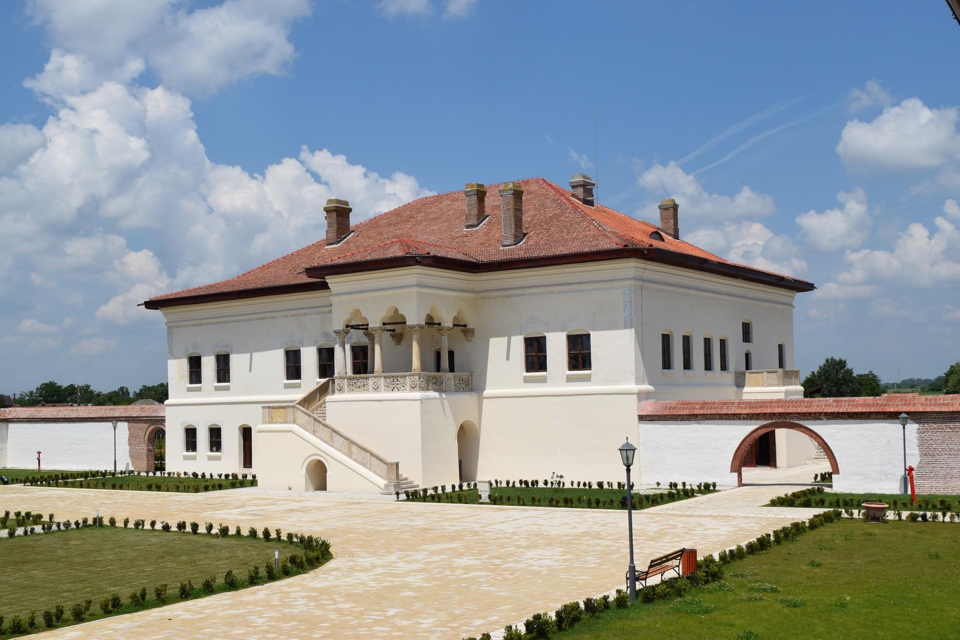 Potlogi Palace