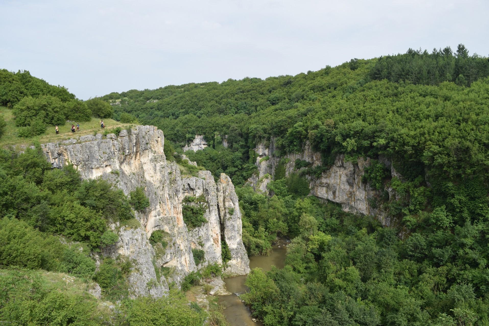 Canyon Emen