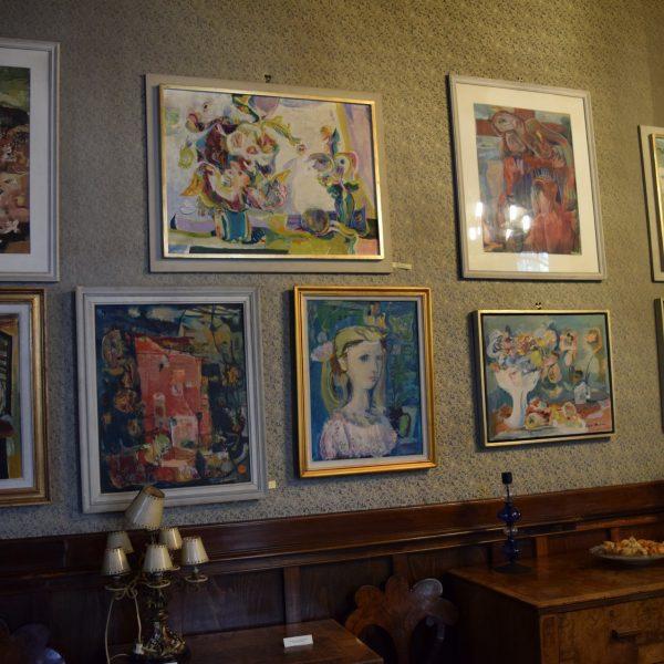 Ligia and Pompiliu Macovei 's art Museum