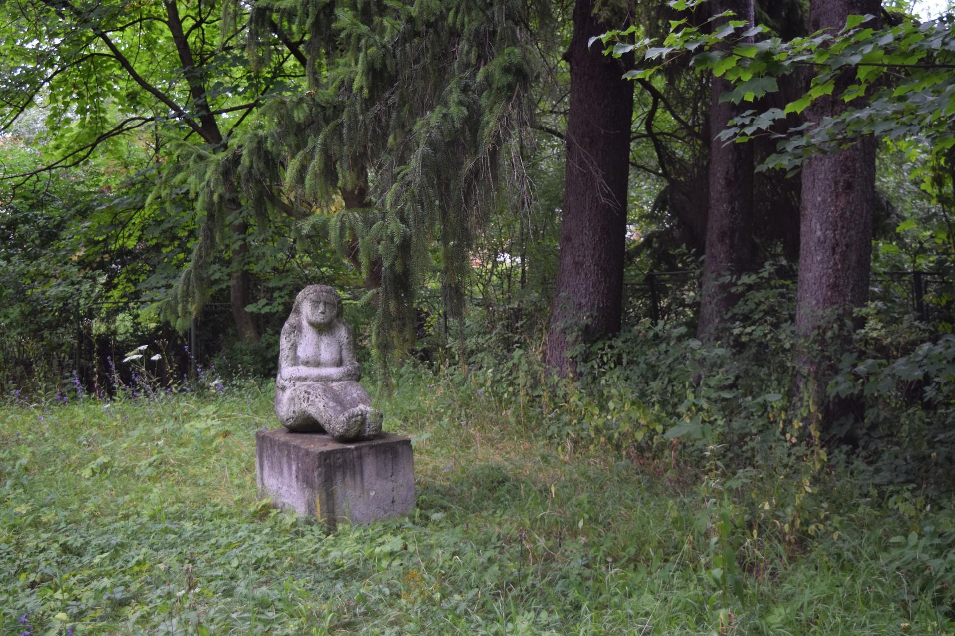 Statues de Szentkereszty