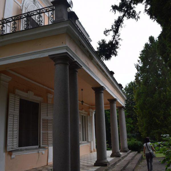 Le palais Szentkereszty de derriere.