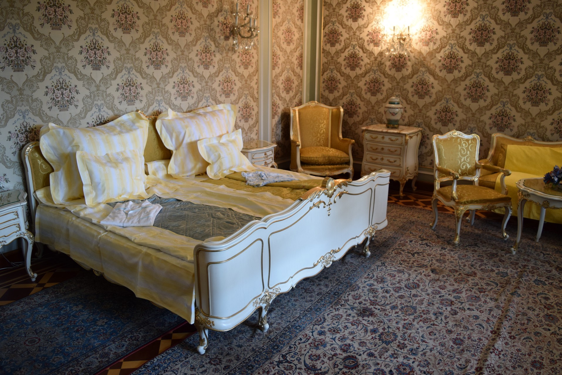 ceausescu palais printemps