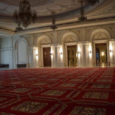 A l'interieur du Palais du Parlement
