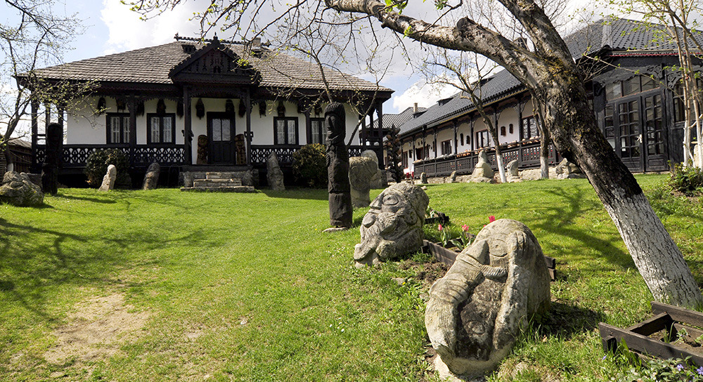 Muzeul-Popa-Tarpesti-Neamt